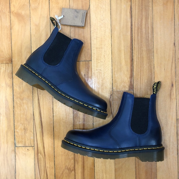 NWT Doc Martens 2976 Yellow Stitch Chelsea Boot NWT